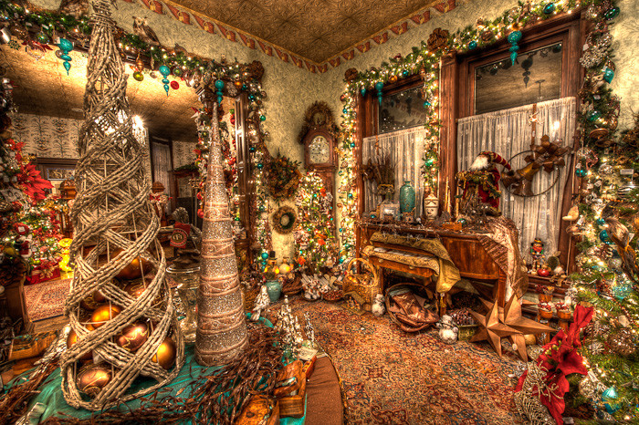 Christmas Room christmas at the caswell house – front room | dave wilson photography