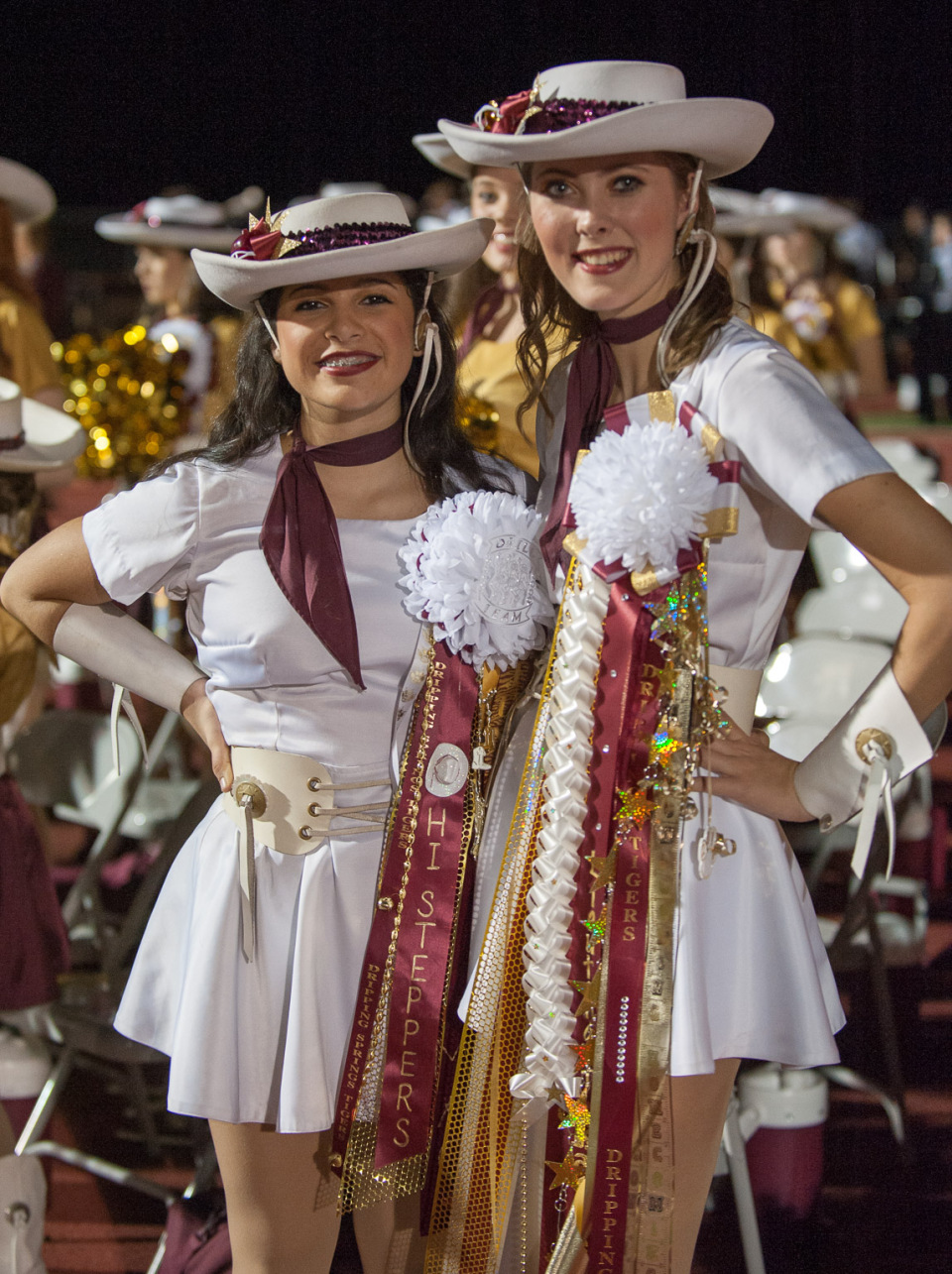 Hi Steppers With Homecoming Mums Dave Wilson Photography